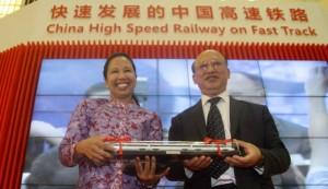 2015年8月 中国高速鉄道展示会場でのリニ大臣